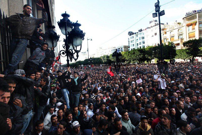 2011年突尼西亞爆發全國性示威,被稱作「茉莉花革命」。(取自紐約時報)