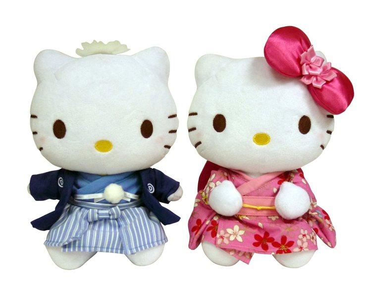 7-ELEVEN推出「七夕Kitty對偶-日本和服款」,售價1,499元。圖/7...