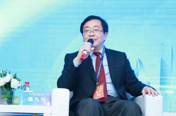 上海社科院台灣研究中心主任盛九元5日表示,美國通過打「台灣牌」遏制中國發展的本質...