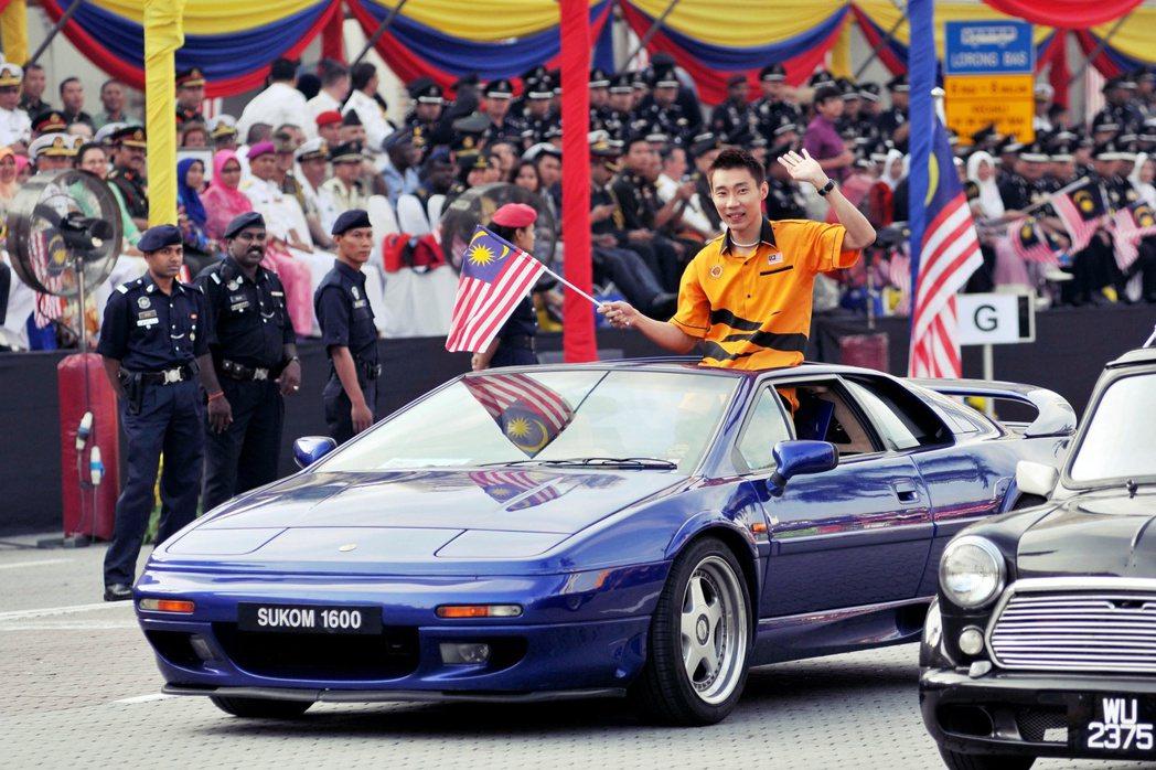 圖為2011年9月16日的馬來西亞日,現身參加慶典的李宗偉。 圖/中新社