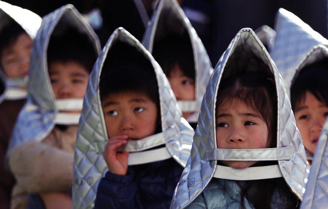 面臨少子化問題的日本,「兒童的意外死亡」觸動敏感神經,在不曉得威脅從何而來的恐懼...