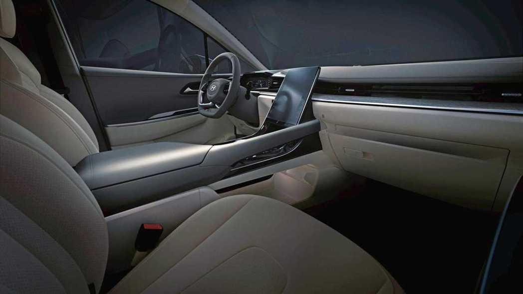 Hyundai Custo車室。 摘自北京現代