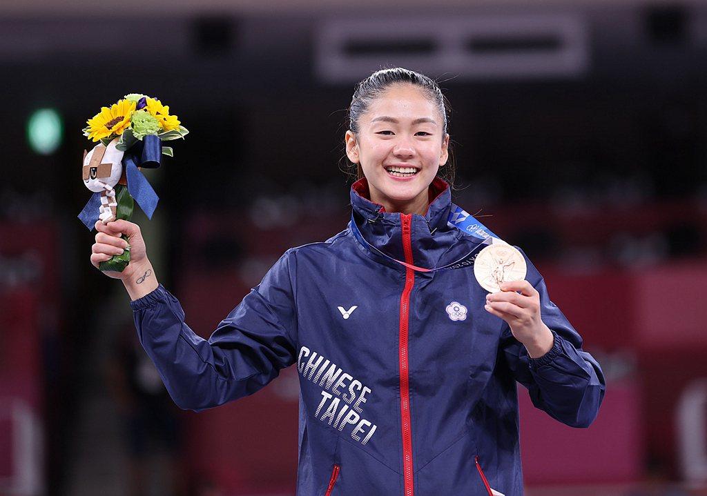 文姿云選手奮力踢出台灣驕傲,喜獲台灣奧運史上第一面空手道銅牌。 圖片來源/體育署