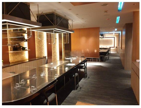 晶華飯店與華興攜手合作,率先構建全台第一家在公共區域導入「非接觸式-BioLED...