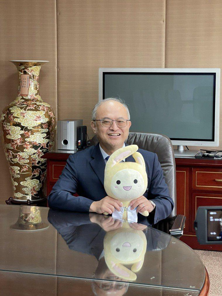 吳明賢兩個兒子都不從醫,他認為人各有志,能在領域發揮所長就是好事。圖╱吳明賢提供