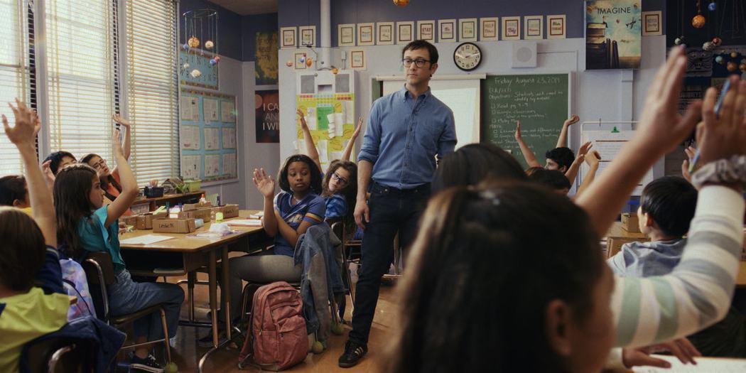 喬瑟夫高登李維「柯曼老師」已在APPLE TV+上架。圖/APPLE TV+提供
