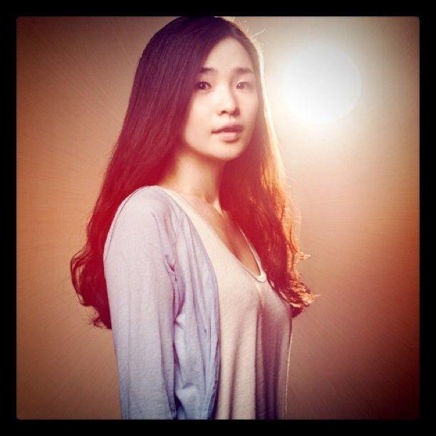 田美都IG上有29歲時的照片,10年前的長髮造型還比現在顯得成熟。圖/取自IG