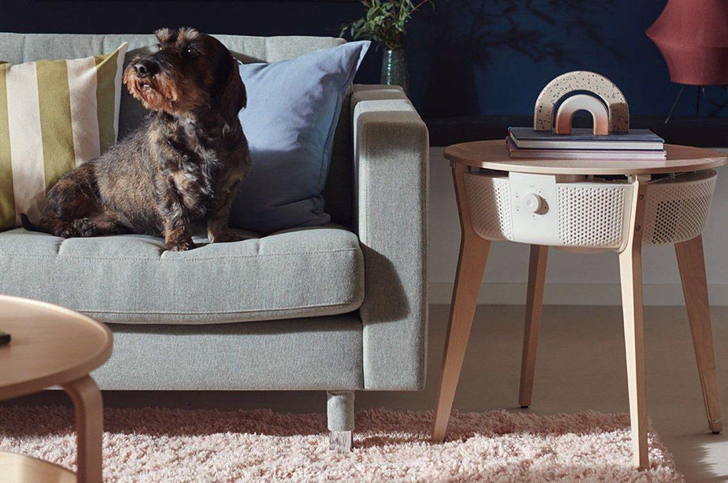 國外IKEA上市的STARKVIND空氣清淨機,可跟邊桌結合。圖/IKEA提供