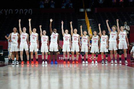 籃球/平均身高僅176公分 日本女籃靠神準三分球首闖金牌戰