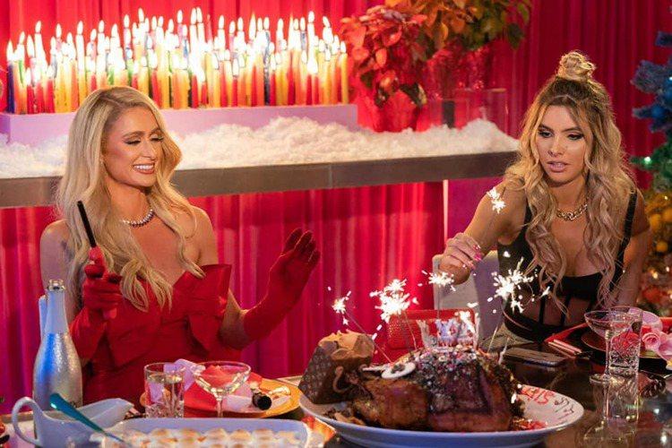 芭黎絲希爾頓和麗麗龐斯的「克服恐懼」節日大餐。圖/取自Paris Hilton臉...