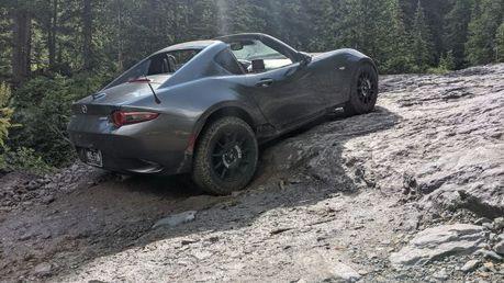 經典小跑車Mazda MX-5竟可以拿來越野?