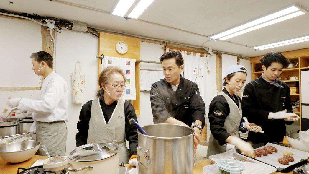 「尹Stay」集合多位韓星開民宿。圖/東森提供