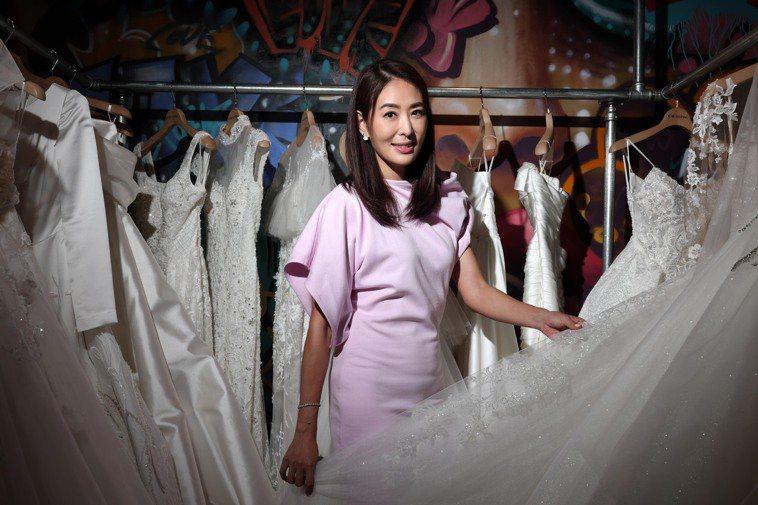 賈永婕的婚紗公司多年來包辦了許多藝人婚禮上的禮服和婚紗照拍攝。攝影/李政龍