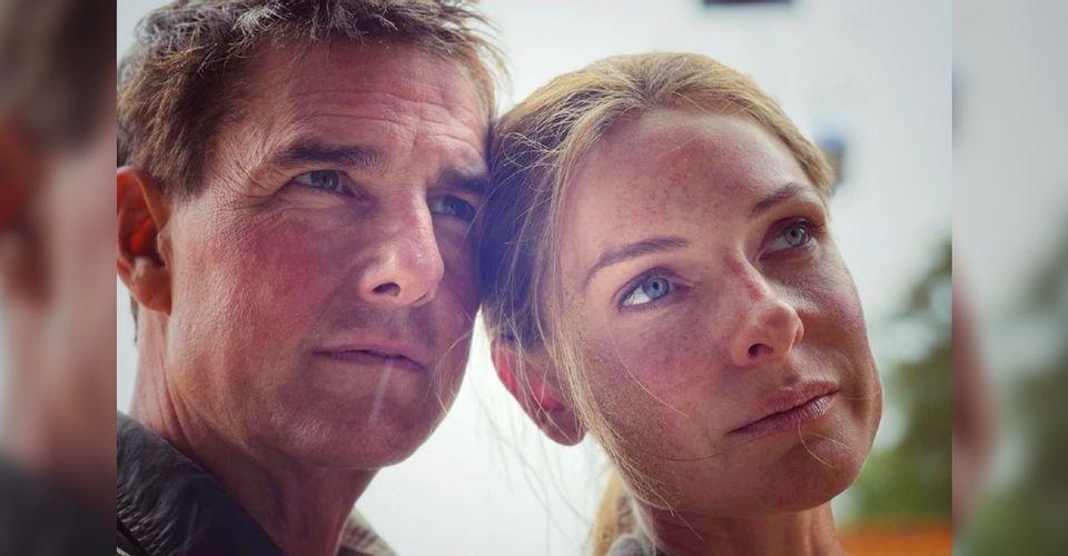 蕾貝卡佛格森發布與湯姆克魯斯的合照,宣告「不可能的任務7」戲份殺青。圖/摘自IG