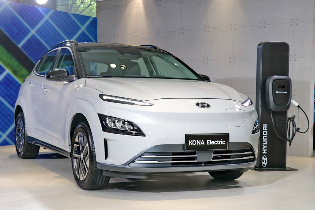 Hyundai KONA Electric限時優惠119.9萬起。 記者陳威任/...