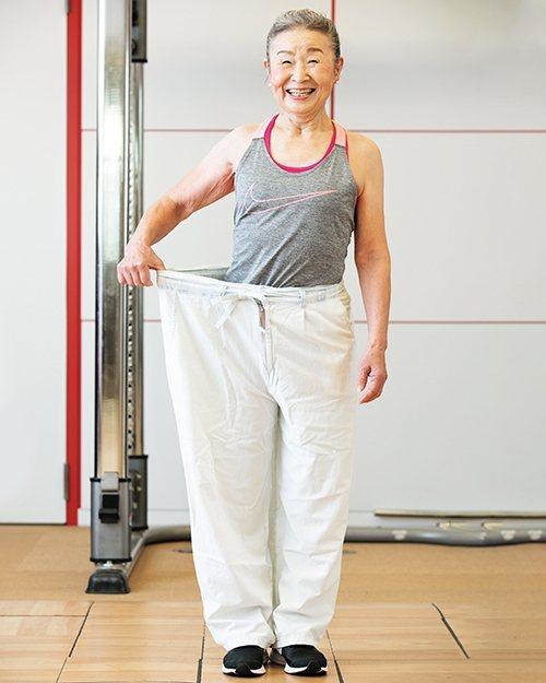 因為運動讓瀧島未香成功減到理想體重,穿上減重前的褲子,差別一目瞭然。 圖/取自5...