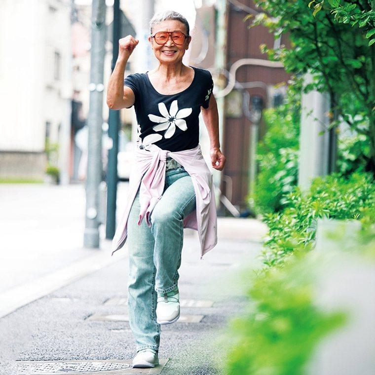 健走是瀧島未香每天早上的必備熱身運動。 圖/取自50+