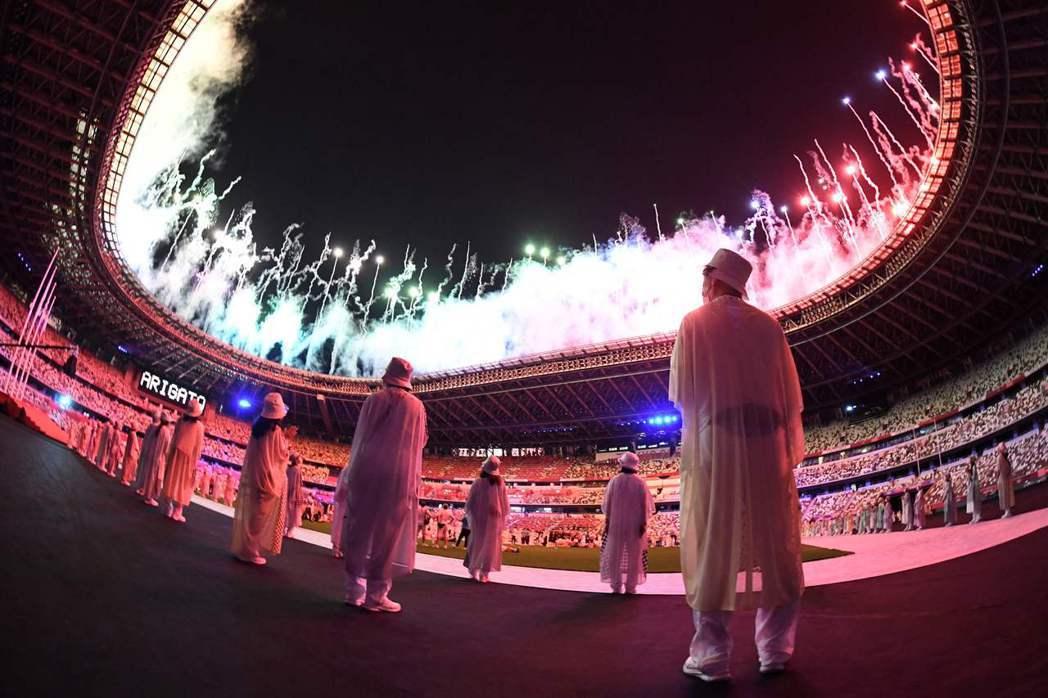 17天的奧運時程看似很長,卻也轉瞬即逝,留下不少正反面的意見。 圖/法新社