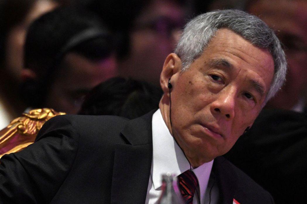 李顯龍對美國別挑釁中國的呼籲,倒像是與美國聯合防衛聲明之後補送給中共當局一點面子,這也彰顯了新加坡面對中共霸權的戒慎與尷尬處境。 圖/路透社
