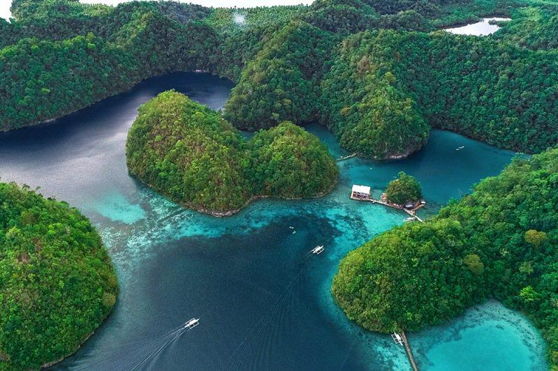 ▲鳥瞰菲律賓錫亞高島。  圖:菲律賓觀光部台灣分處/提供