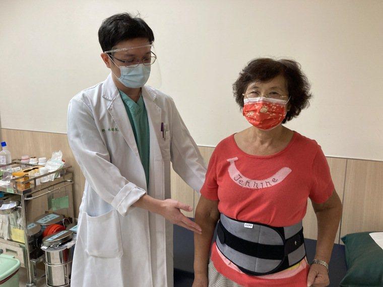 亞洲大學附屬醫院骨科部醫師林琮凱說,腰椎滑脫是腰椎椎體向腹側或向背側移動,非單一...