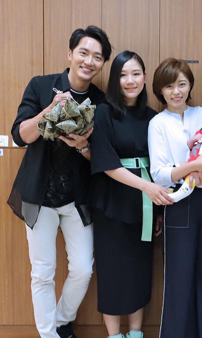馬俊駿(左)妻子梁敏婷(中),提告王瞳(右)侵害配偶權,求償4百萬,官司進行中。
