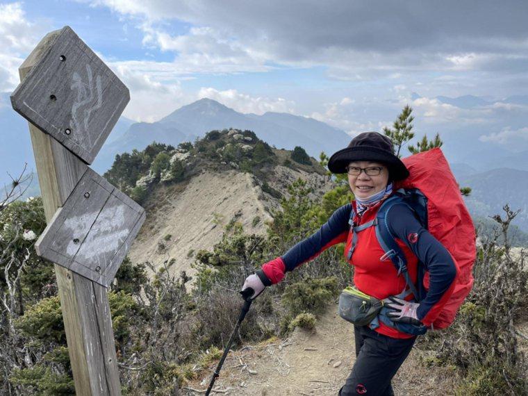 「我喜歡爬山,如果不下山,怎麼看得到另一座山的美景?」王品集團前執行長楊秀慧如此...