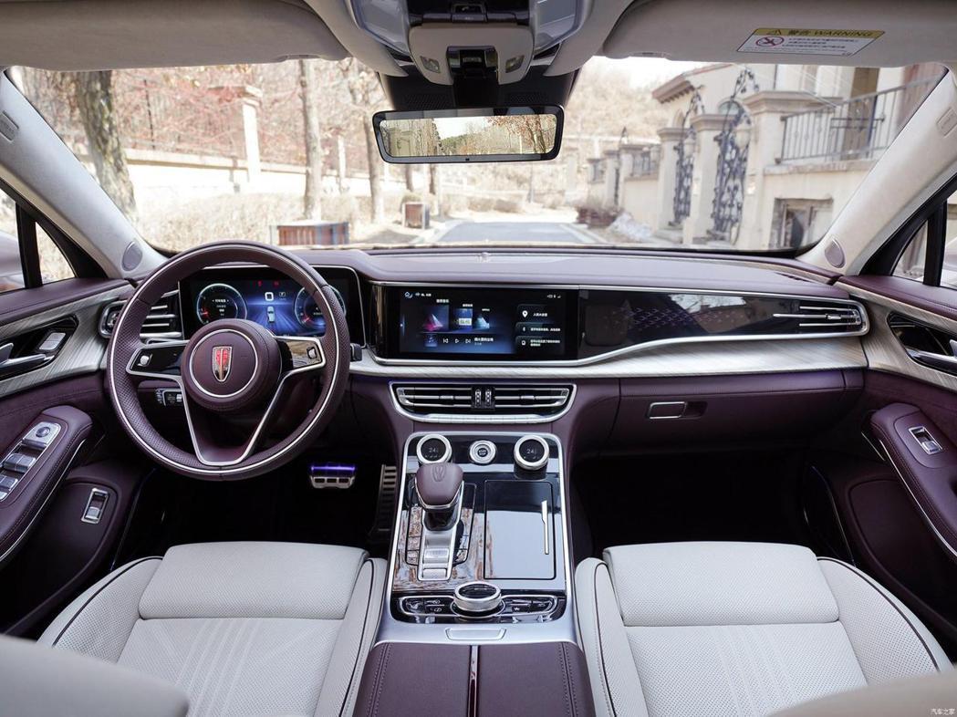 中國一汽旗下的豪華品牌紅旗將贈送每位金牌選手H9中型豪華轎車。 摘自carsco...