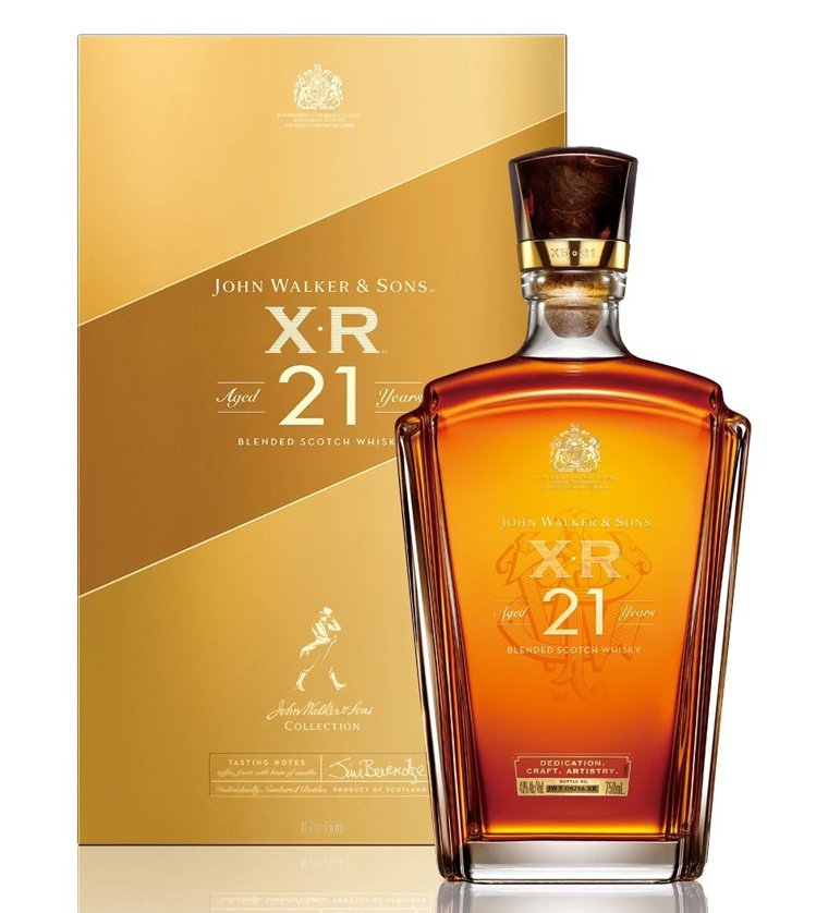 JOHNNIE WALKER XR21以品牌窖藏的珍稀威士忌調配而成。圖/帝亞吉...