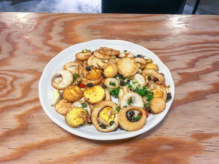 巷子龍家常菜即之前的談話頭餐廳,提供湘菜與江浙菜美食,湖南金錢蛋、無錫排骨等,都是推薦菜色。圖/摘自米其林官網
