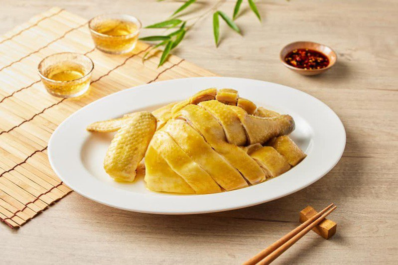 古早味放山雞是必吃的招牌菜之一。圖/翻攝自松竹園臉書