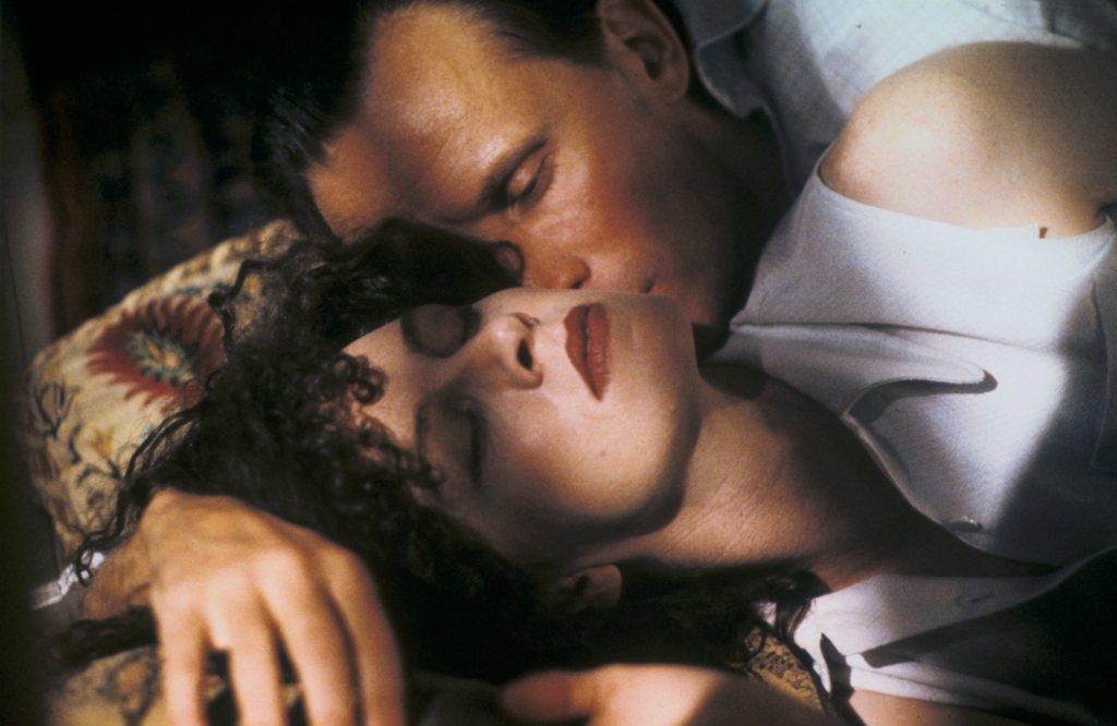 彼德威勒與茱蒂戴維絲在「裸體午餐」中有許多激情對手戲。圖/甲上提供