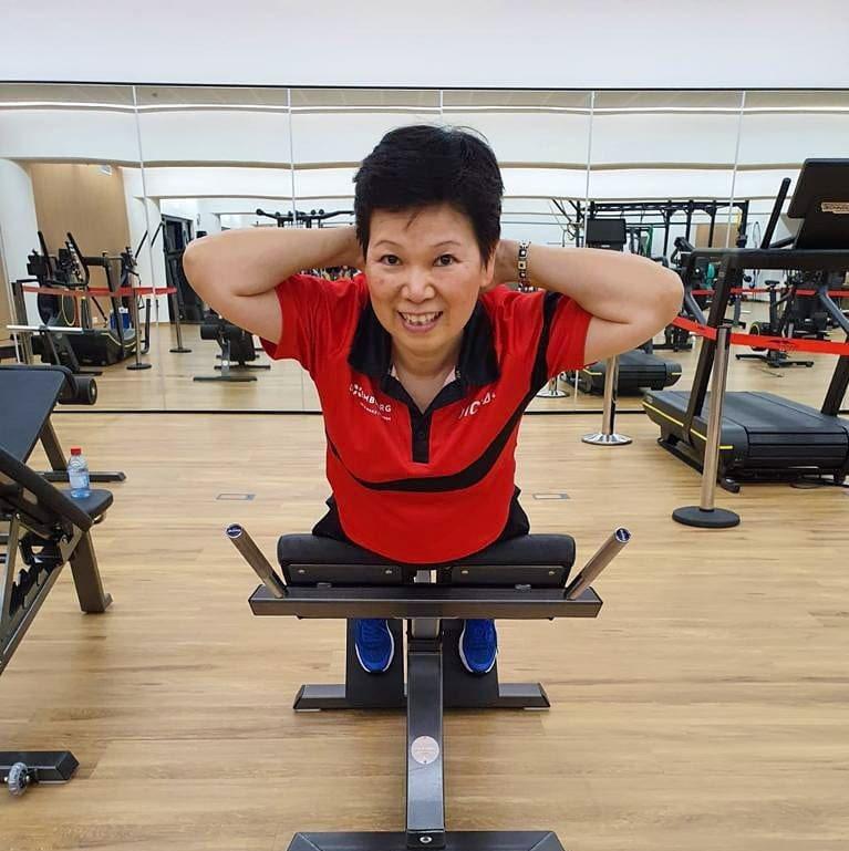 倪夏蓮透露,每天自律的維持體能,也是讓她仍能58歲時還可以於球場上,與年紀小她數...