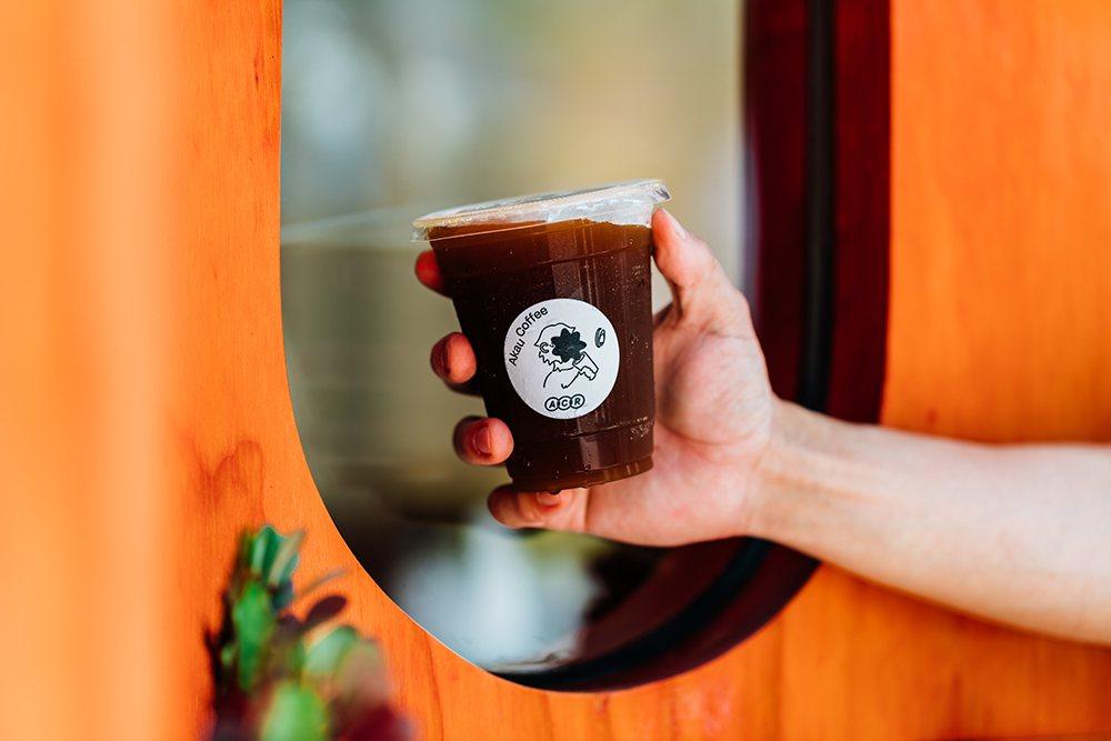 猻物咖啡自稱為獨立烘豆實驗所,以自家烘焙豆沖煮豐富具層次感的精品咖啡。 圖/陳建...