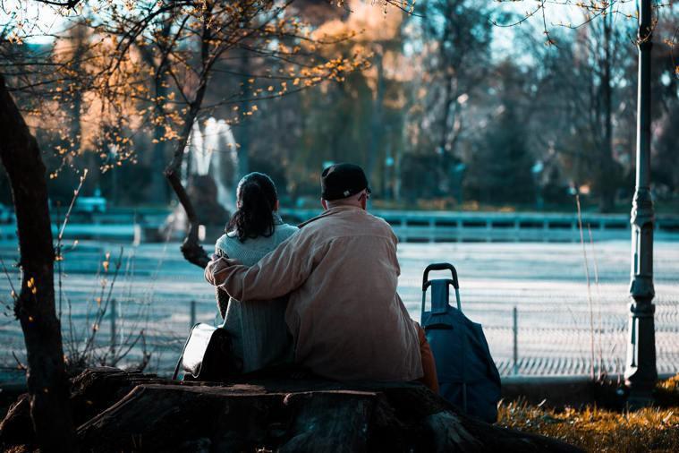 台灣精神醫療進步延長了思覺失調患者壽命,但當患者步入中老年,照顧者年邁、去世後,...