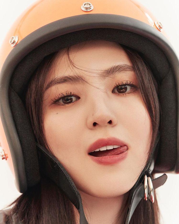 26歲的韓韶禧因為2020年韓劇《夫妻的世界》爆紅,被封為「最美小三」。圖/取自...