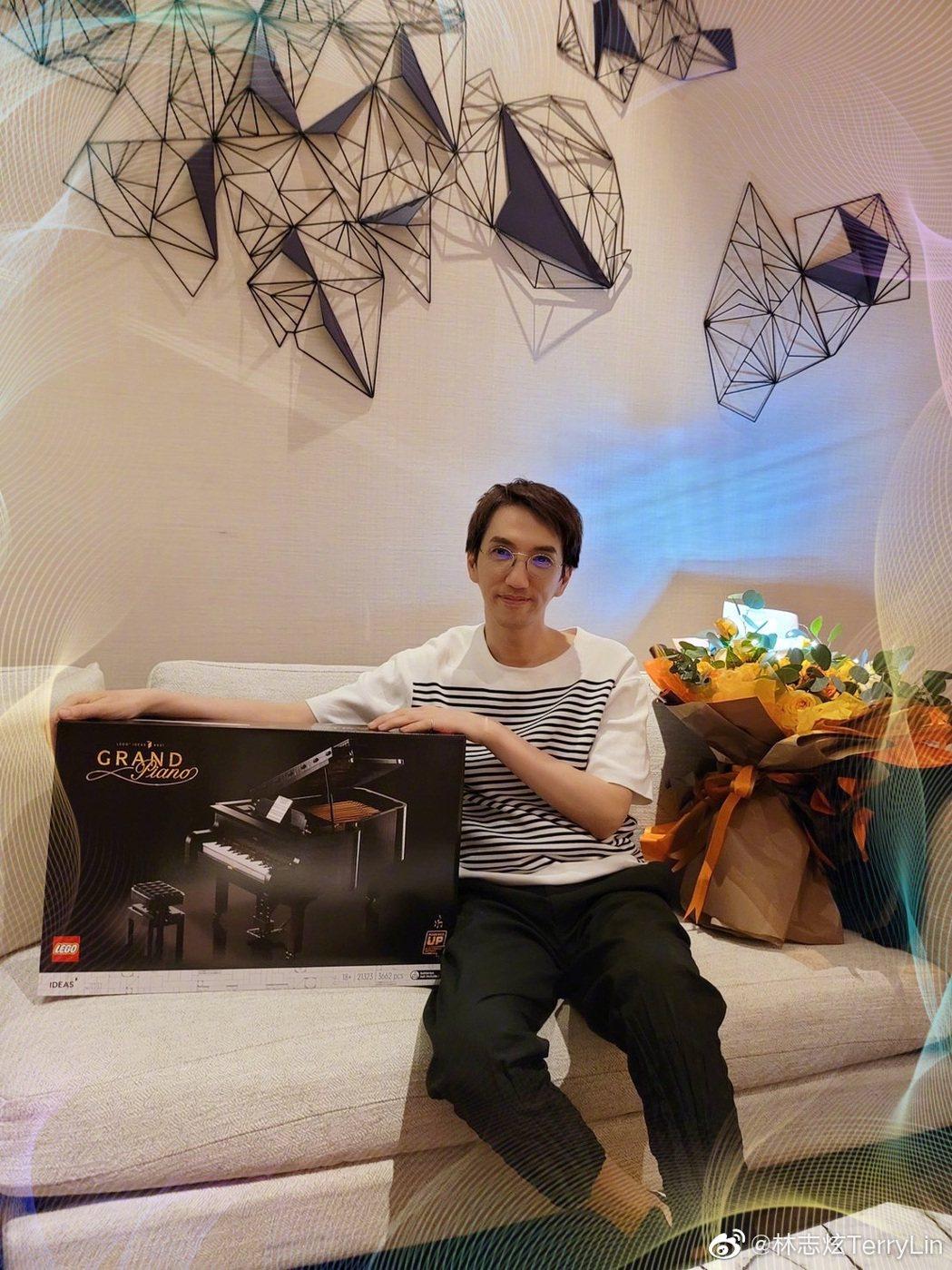 林志炫上個月6日剛過55歲生日。圖/摘自微博