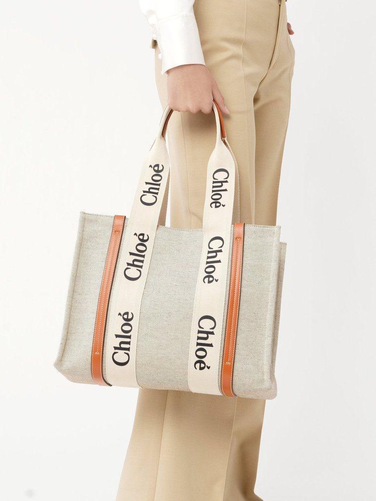 因應七夕情人節,Chloé在台灣推出巴黎官網限定的蜜糖橘Woody托特包。圖/C...
