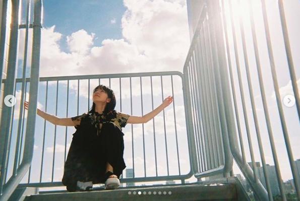 唐田英里佳所屬的經紀公司貼出她多張美照。圖/摘自IG