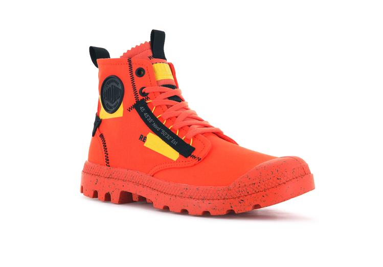 PALLADIUM RE-CRAFT解構系列PAMPA軍靴2,480元。圖/PA...