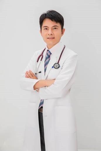 黎雨青醫師指出,長輩隨著年齡增長肌肉流失速度加快,蛋白質補充和營養需求更大。 圖...