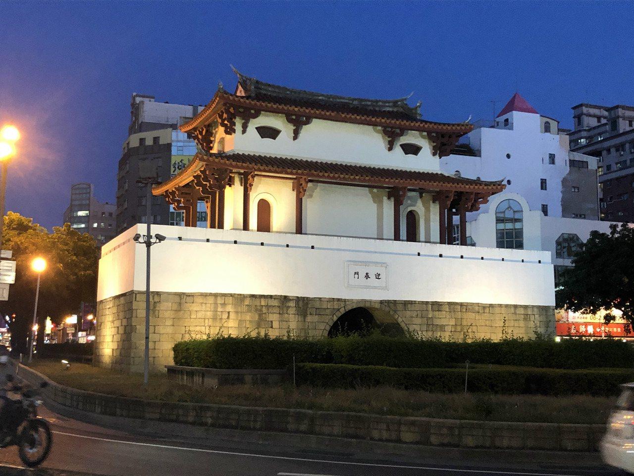 台南大東門「迎春門」是台灣現存最大的古城樓。 圖/周宗禎 攝影