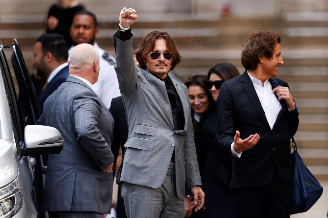 強尼戴普將獲歐洲兩知名影展頒獎表揚,卻招來女性團體的炮轟。(路透資料照片)