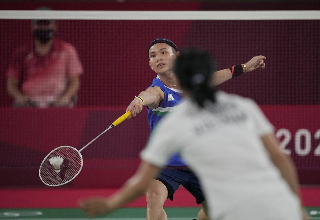 越南女將阮翠玲回國後透露心聲,認為奧運最可惜的就是沒把握對小戴之戰。 美聯社