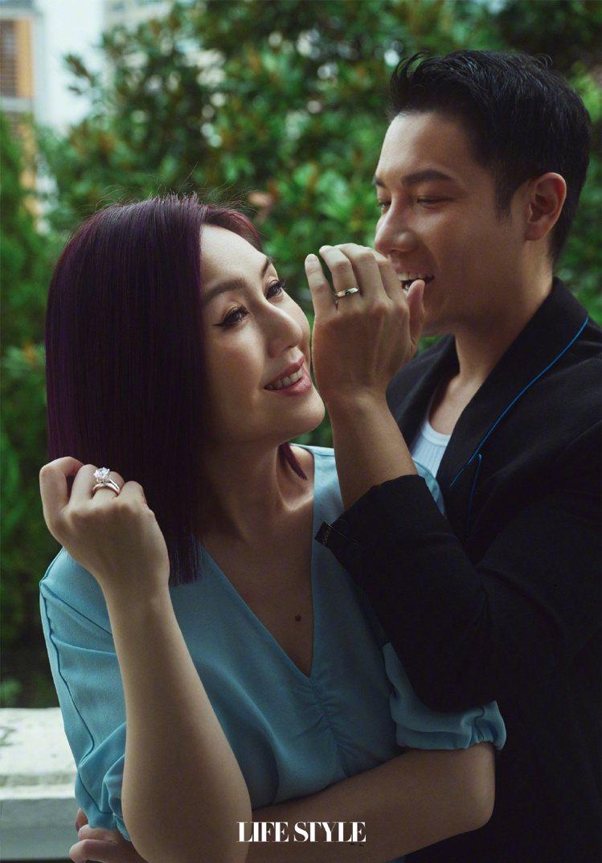 楊千嬅(左)與丁子高結婚12年,感情依舊好。圖/摘自微博