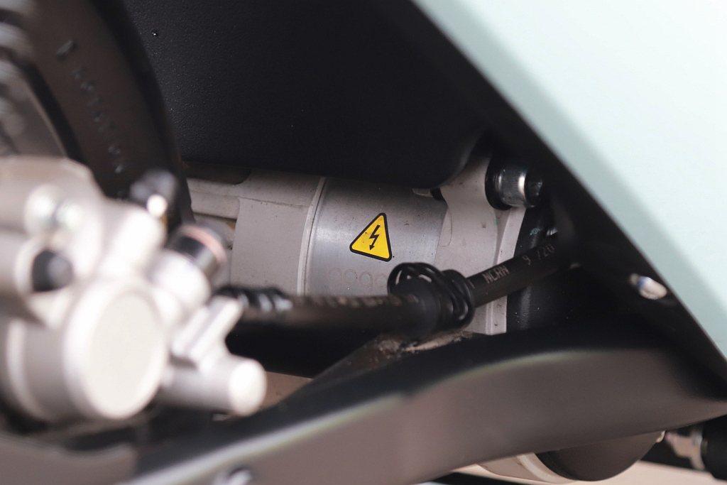 Gogoro VIVA XL動力依舊來自G2.2L鋁合金水冷永磁同步馬達,輸出功...