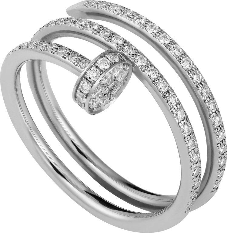 卡地亞Juste un Clou白K金鑲鑽雙圈戒指,30萬8000元。圖/卡地亞...