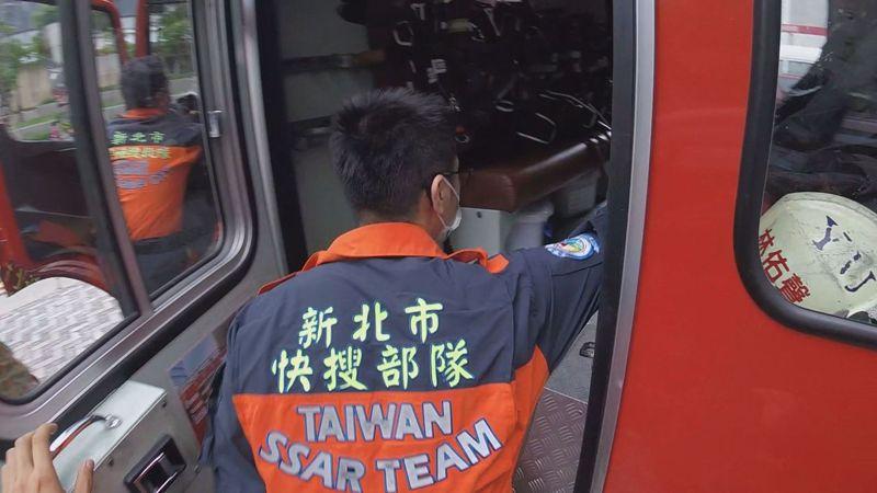搜救員的身先健康誰來顧?身心科醫師李光輝坦言,台灣並不重視「創傷後壓力症候群」,大部分都是當事人跟朋友聊一聊就了事。記者徐宇威/攝影