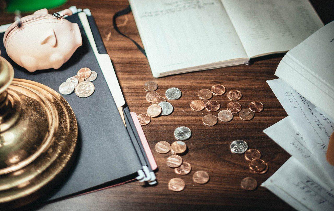 定存幾乎是每個人理財第一個會接觸的商品,尤其是台幣定存,更是財務配置的基本盤。 ...