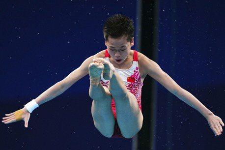 全紅嬋分享如何練成跳水「水花消失術」 網:做完腰都斷了